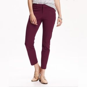 old Navy pikie ankle cropped pants maroon size 12